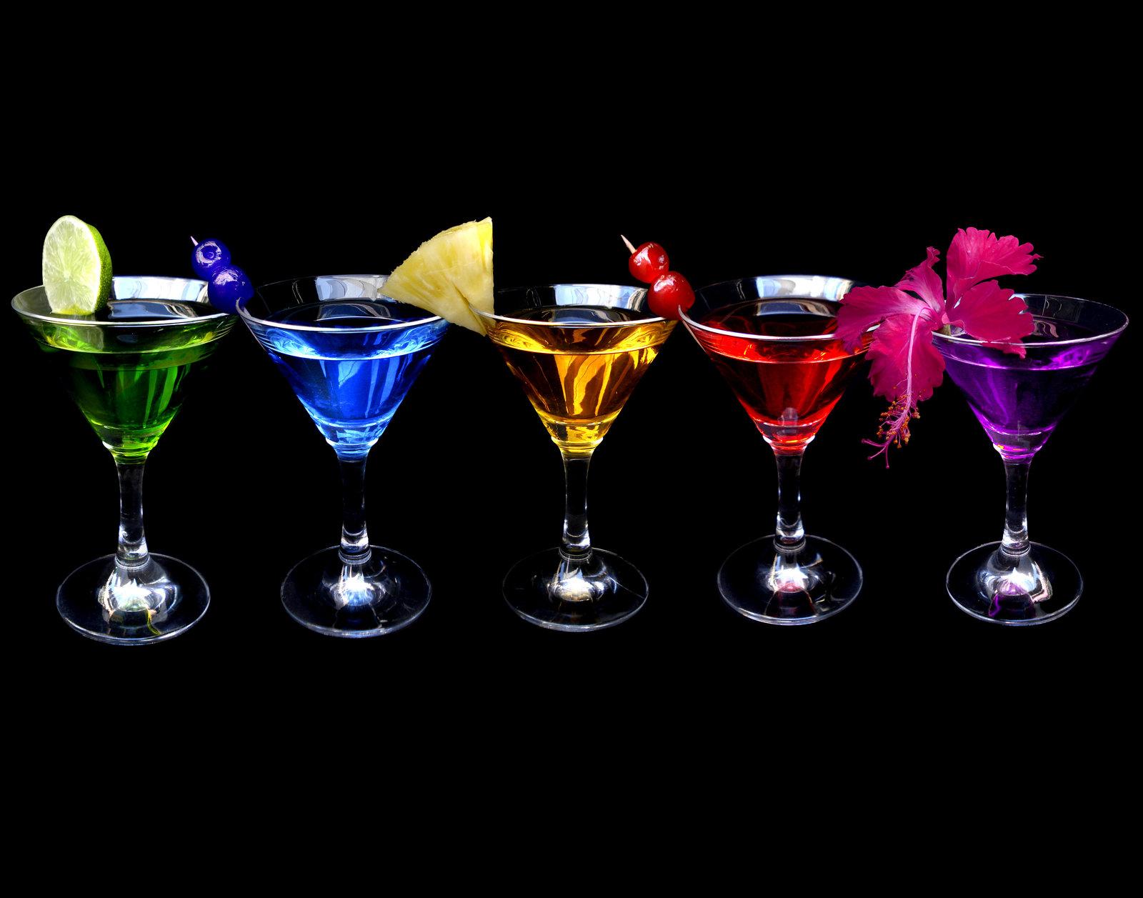List of cocktail set