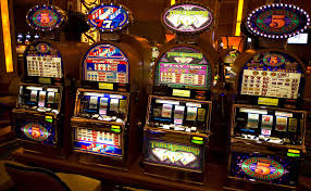 It's easy to earn extra money playing at the Live Casino
