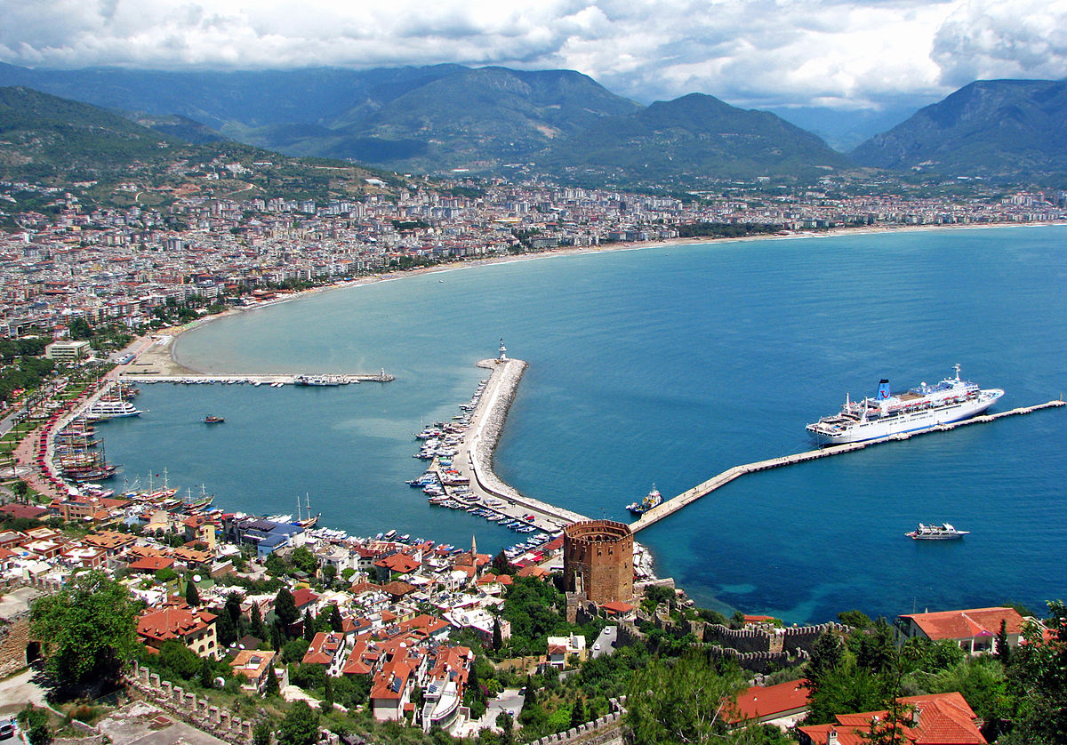 Nothing like a good Alanya tours to learn more about the beauty of the landscape