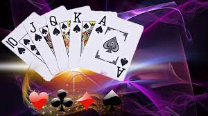 Earn a lot of money playing dominoqq games given by the best bet providers