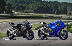 Try carbon fiber parts for your Yamaha r1 super bike