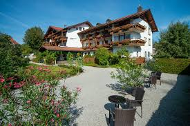 A Perfect Place To Visit Any Time Of Year -Fussen hotel (füssen hotel)