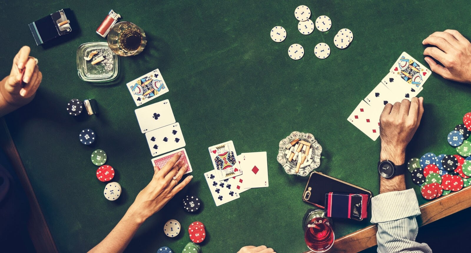 Online gambling – Is it risky?