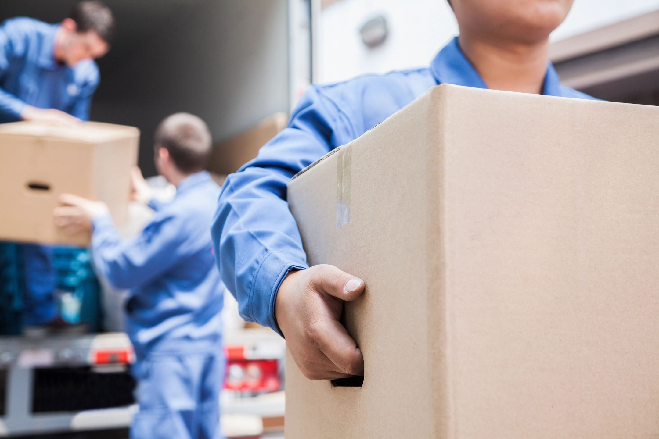 Make transfers thanks to the moving companies near me.
