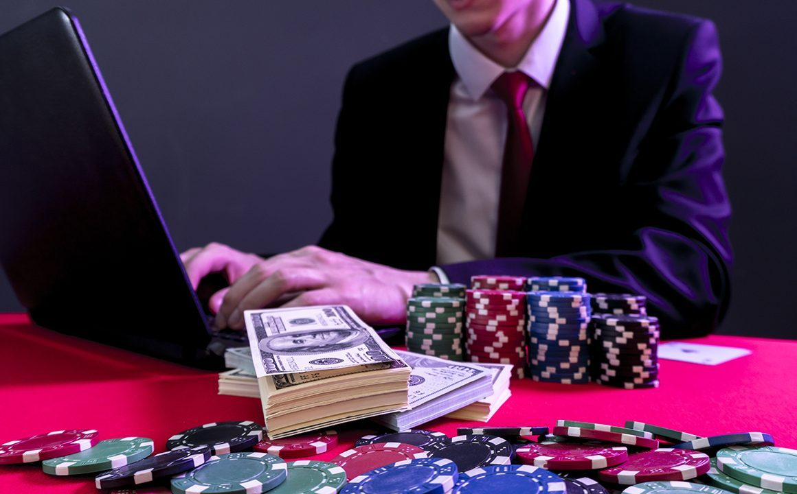 Things to consider when playing online casino games